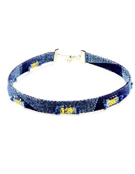 Colier choker ingust, din denim albastru, cu paiete mici aurii