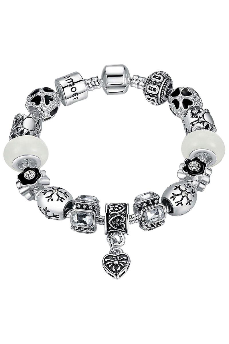 Bratara tip Pandora placata cu argint, fulg de nea, flori si margele albe