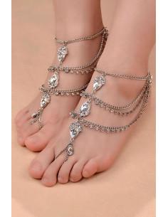 Bratara cu inel de picior, 3 randuri de lantisoare si cristale mari