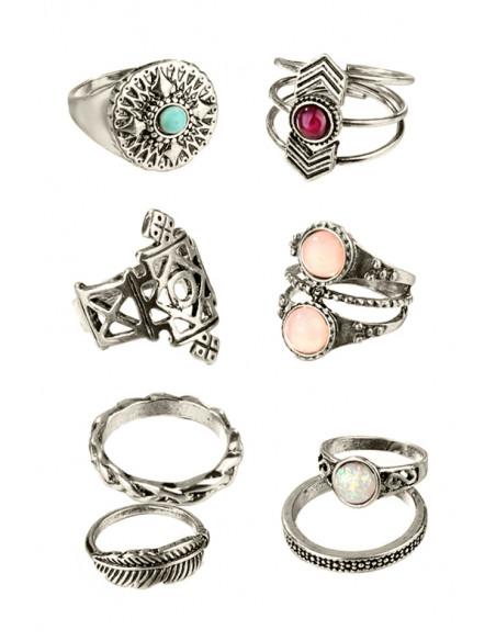 Set 8 inele vintage, cu decoratuni geometrice, pana si margele