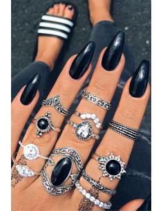 Set 12 inele boho cu cristale albe, margele negre si frunzulite