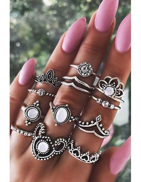 Set 12 inele boho cu inimioare, margele si cristale albe, model floral