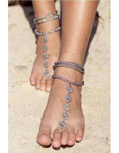 Bratara cu inel indiana, pentru picior, argintie cu banuti mari cu flori