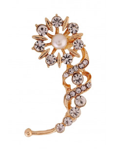 Cercel ear cuff, floare rotunda cu cristale si perle