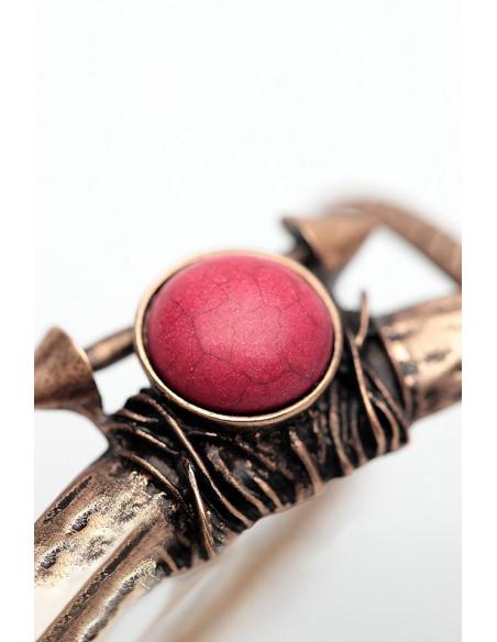Bratara vintage tip cuff, cu medalion de inspiratie etnica, cu sageti
