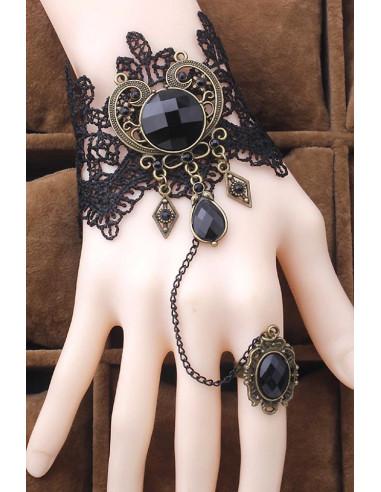 Bratara cu inel din dantela neagra cu medalion mare metalic