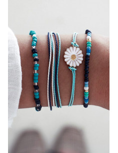 Set 4 bratari realizate manual, snururi cu margelute si floare alba emailata
