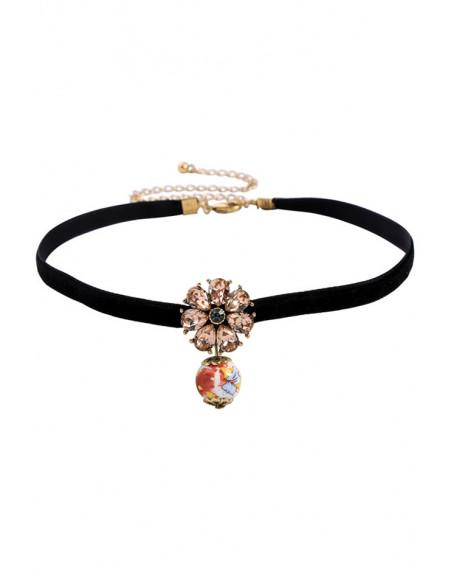 Colier choker minimal, panglica de catifea ingusta, cu floare din cristale si margica pictata