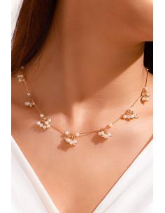 Colier elegant, ciorchini de perle si tije metalice