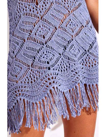 Rochita tricotata de plaja, din fir plusat, cu umerii goi si franjuri