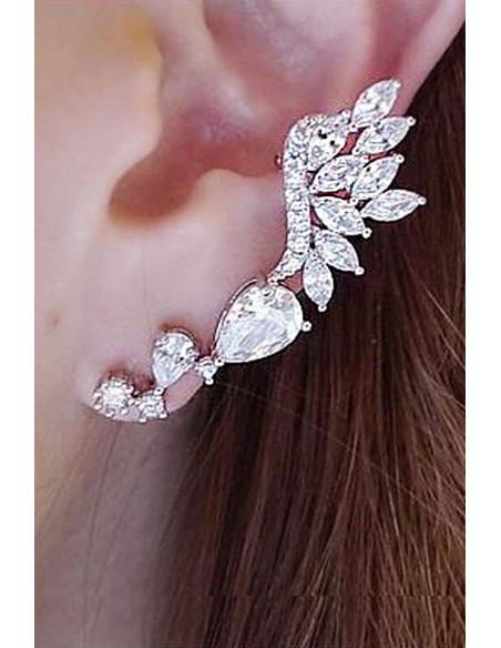 Cercel ear cuff elegant, cristale rotunde, picatura si cat-eye