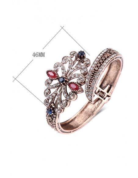 Bratara vintage glam, cuff articulat, floare alungita, cu cristale colorate