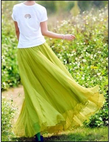 Fusta lunga, larga, din voal verde deschis, cu elastic