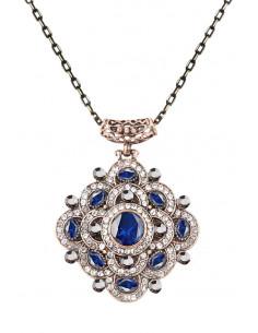 Colier vintage glam, medalion romboidal, floare cu cristale albastre si albe