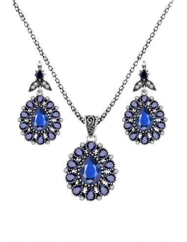 Set vintage cu cristale albastre, medalioane picatura cu frunzulite