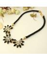 Colier bogat cu flori din cristale alb-negru, alb-turcoaz