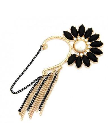 Cercel tip ear cuff auriu cu floare din cristale negre si lanturi