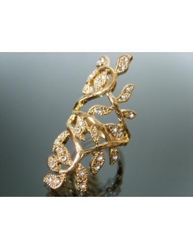 Inel elegant, inel auriu, format din ramuri cu frunzulite prevazute cu cristale mici albe, inel delicat