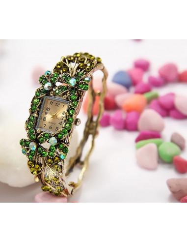 Ceas cu bratara aurie vintage si flori verzi cu cristale