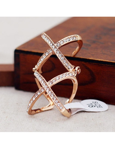Inel articulat cu doua segmente si cristale albe