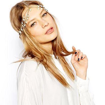 Bentita hippie, bentita boho chic cu lantisoare aurii, cristale si margele albe