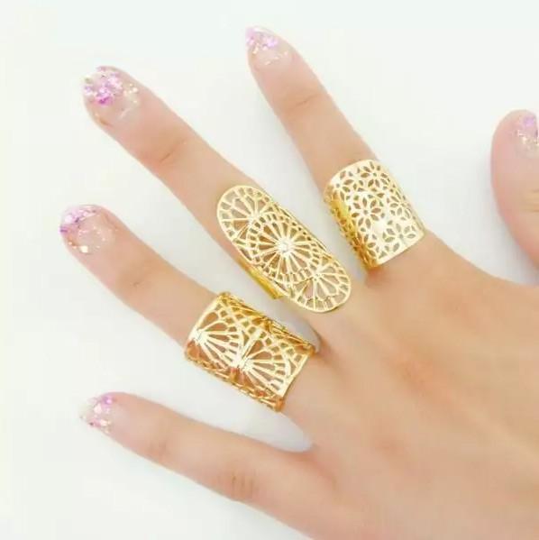 Set 3 inele aurii model inflorat