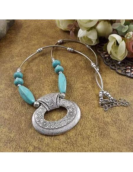 Lant argintiu cu medalion maias si pietre din howlit turcoaz