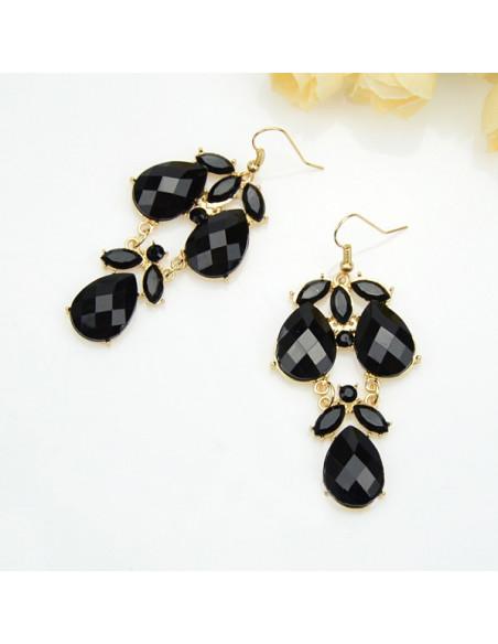 Colier statement, elegant, cristale negre si lant auriu