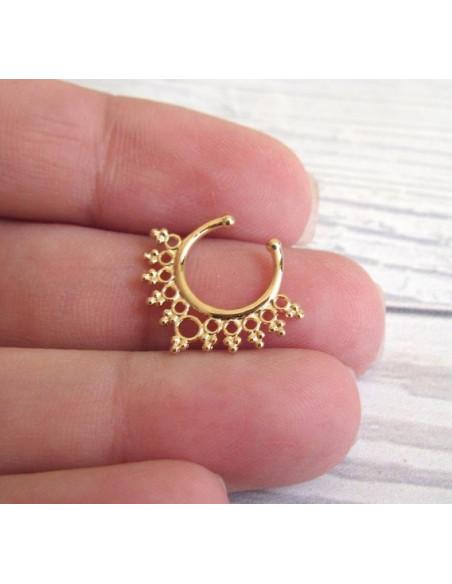 Inel fals pentru nas Septum Ring tip coronita simpla, piercing fals