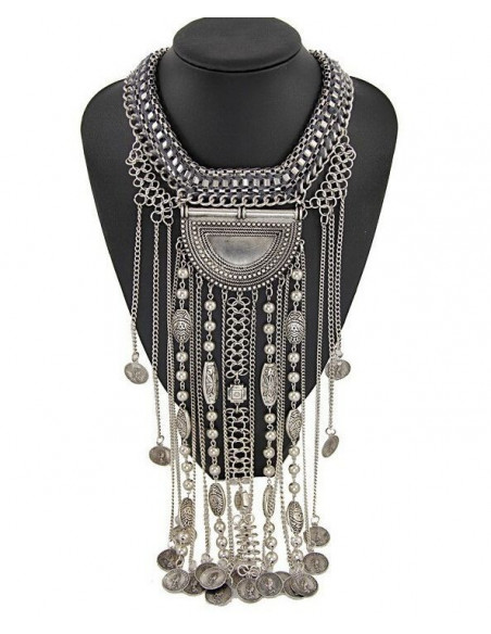 Colier statement argintiu, model indian cu lanturi lungi si charmuri