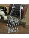 Colier indian argintiu cu banuti metalici si margele negre decorative
