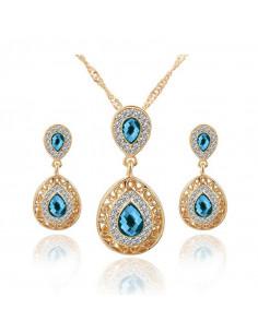 Set colier si cercei, cu cristale austriece albe si albastre, foarte elegant