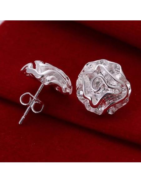 Cercei eleganti argintii in forma de trandafiri bogati