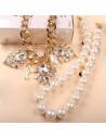 Colier statement, cu perle si lant auriu, medalion cu cristale mari