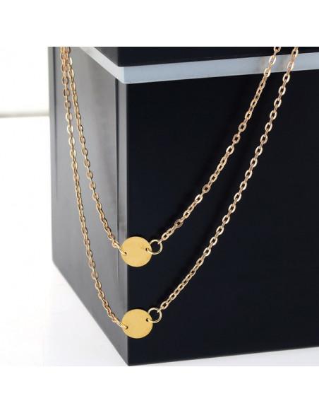 Lantisor subtire auriu pe doua randuri, cu doi banuti metalici