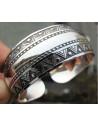 Bratara vintage metalica argintie lata cu model geometric
