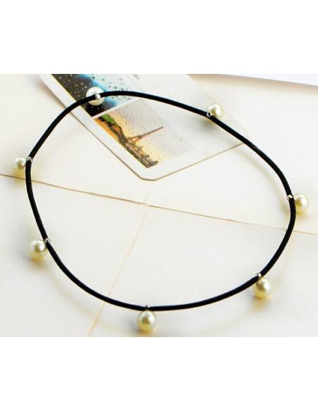 Bentita elastica pentru par, cu perle albe