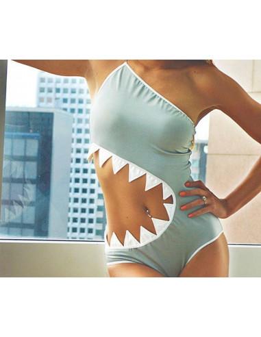 Costum de baie intreg, model cu colti de rechin, gri cu lantisor