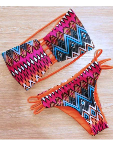 Costum de baie cu doua fete, imprimeu tribal geometric / roz