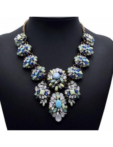 Colier statement masiv, cu cristale albe, verzi si bleu