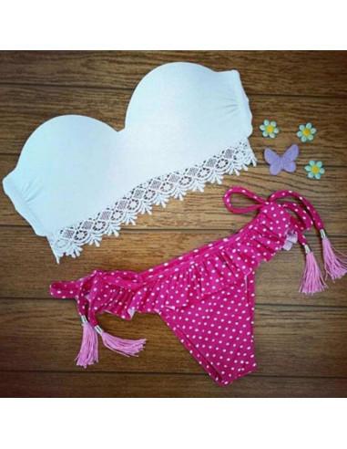 Costum de baie BOHO cu dantela si slip roz cu fustita si buline