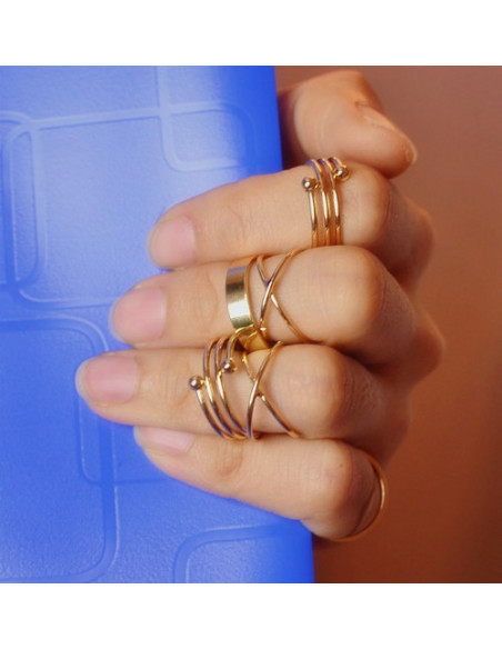 Set sase inele aurii minimal, subtiri, modele in X, spirala si verigheta