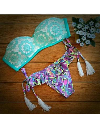 Costum de baie BOHO cu dantela si slip cu fustita floral