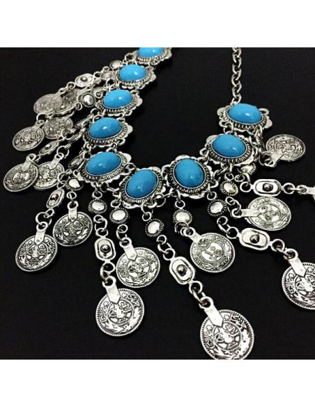 Colier indian argintiu cu medalioane ovale  turcoaz si lanturi cu banuti