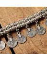 Bratara indiana groasa, argintie, cu model etnic si banuti
