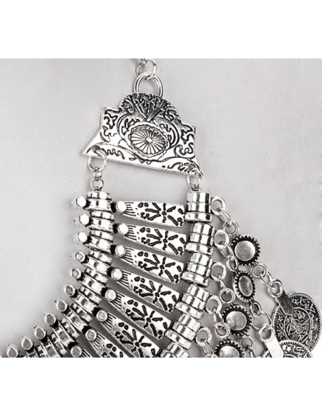 Colier indian lat, cu banuti si cercuri mici