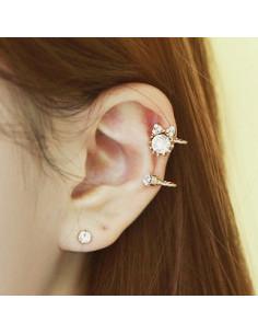 Cercel ear cuff pentru ambele urechi, fir rasucit cu cristale si papion